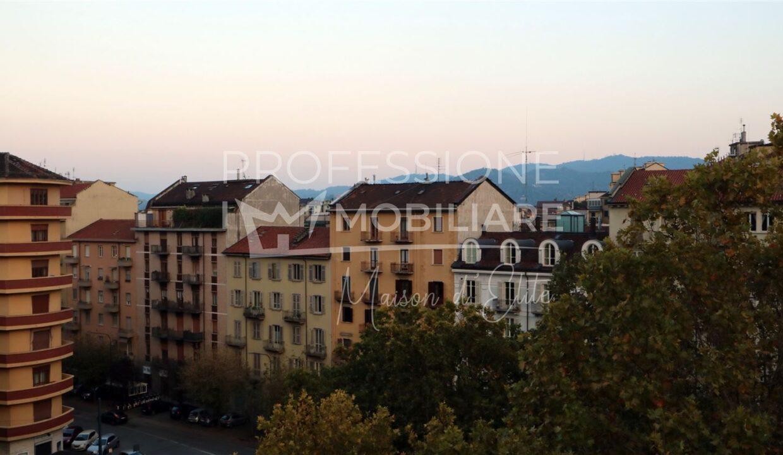 Torino, duca degli Abruzzi, vendita19