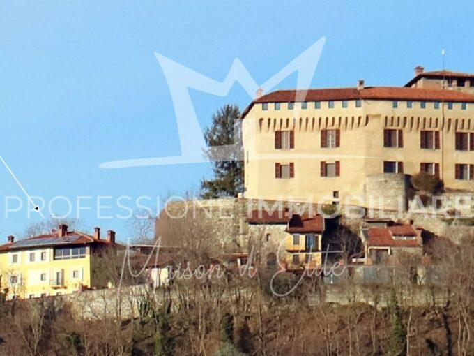 Roppolo, Via Al Castello