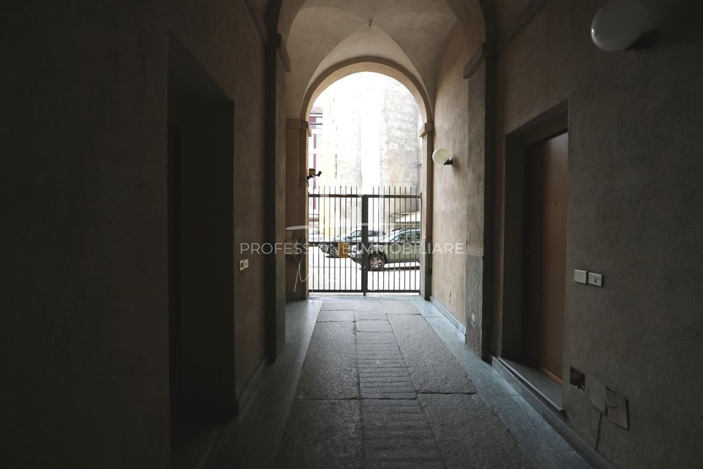 Torino, Via Della Basilica12