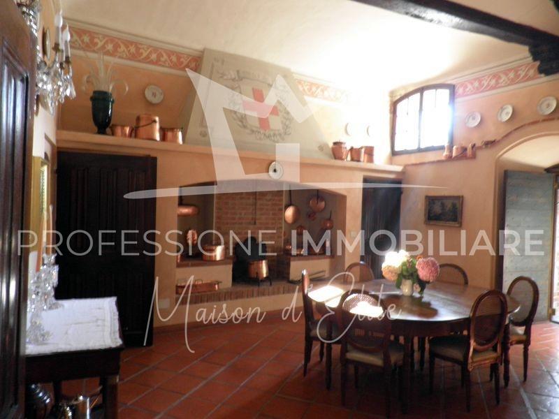 Banchette d'Ivrea, Castello85