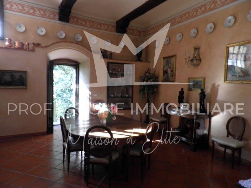 Banchette d'Ivrea, Castello86